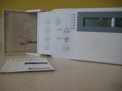 TCS Basys Controls SZ1022